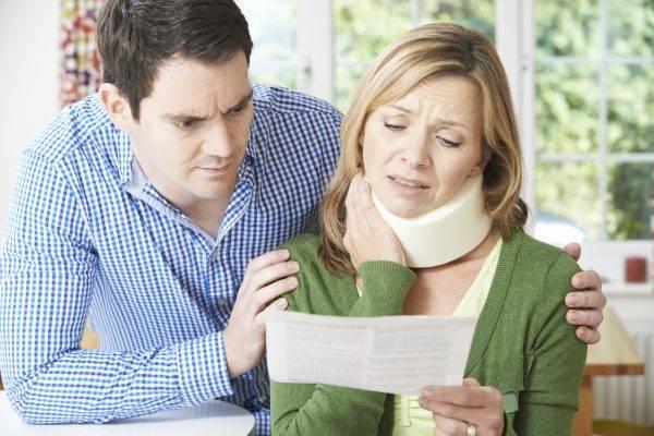 Avoid a quick settlement - Car accident lawyers - Milwaukee Wisconsin - Jacobson, Schrinsky & Houck