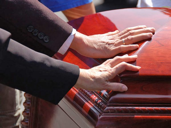 Dealing with the death of a loved one - Car accident lawyers - Milwaukee Wisconsin - Jacobson, Schrinsky & Houck